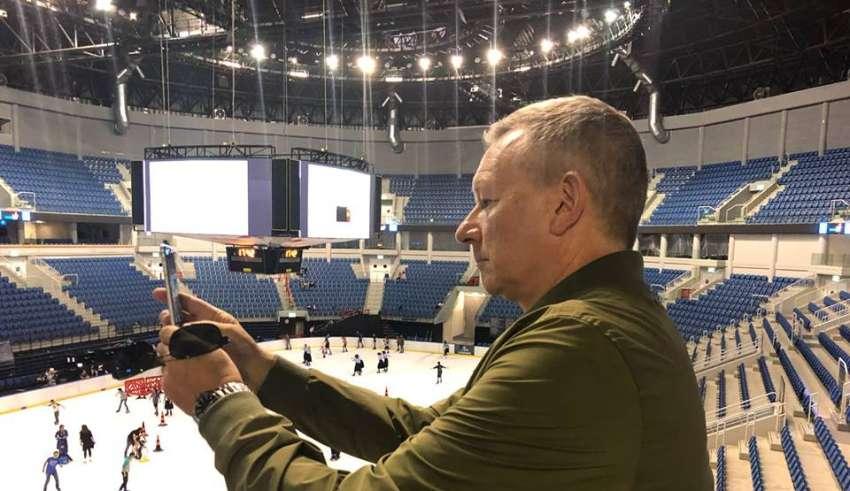 John Ola Sand, Kudüs'te yeni yapılan Pais Arena'da.